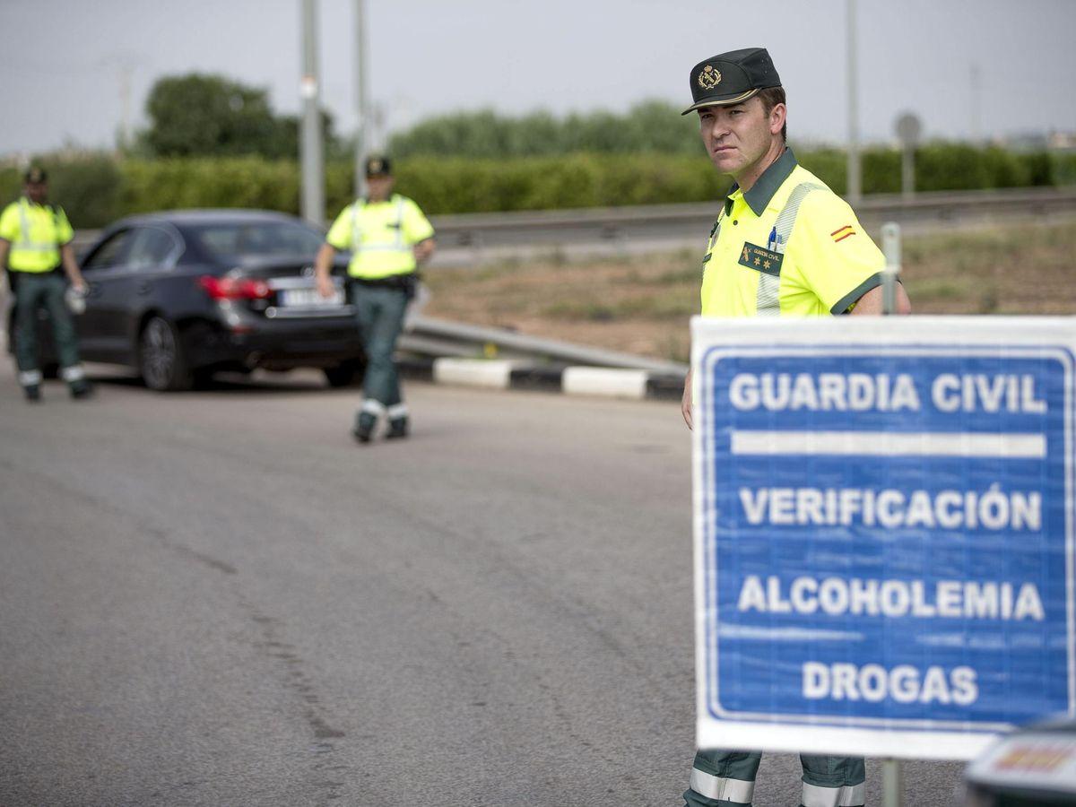 Foto: La lista de medicamentos prohibidos y que pueden dar falso positivo en el coche. (EFE)