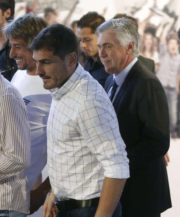 Foto: Ancelotti y Casillas, en un acto en el Bernabéu (EFE)