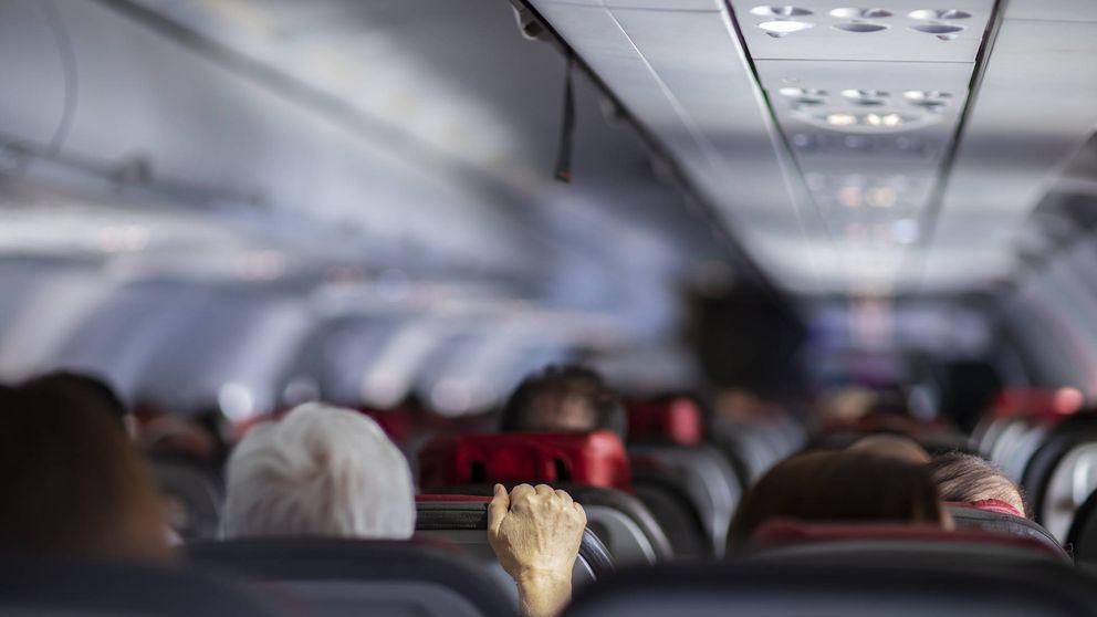 ¿Quieres unirte al 'Mile High Club'?: pidió sexo en el avión a los pasajeros