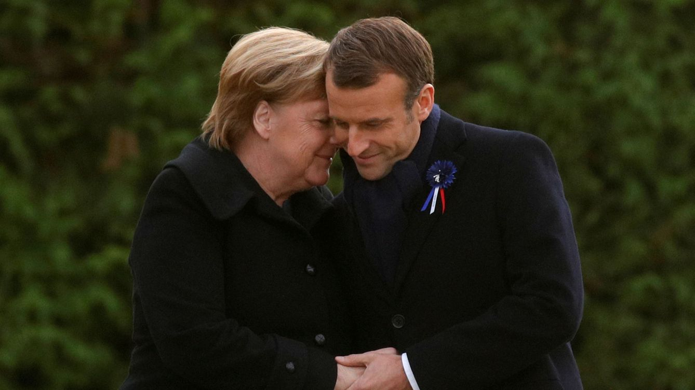 Foto: Macron y Merkel durante la celebración del centenario del armisticio de la IGM. (Reuters)