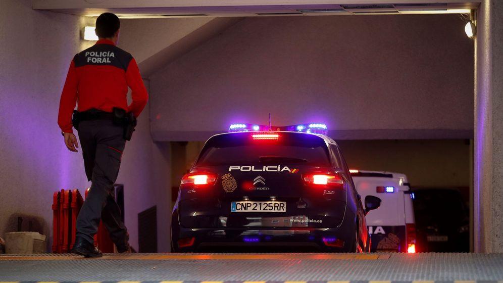 Foto: Los acusados acceden en furgón policial al Palacio de Justicia durante el juicio. (EFE)