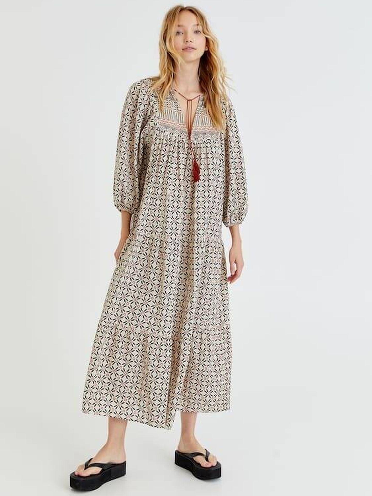 El vestido que triunfa en ventas en Pull and Bear. (Cortesía)