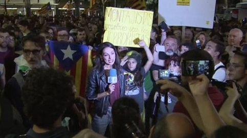 Agresión a una periodista de Telecinco en la manifestación del 1-O en Barcelona