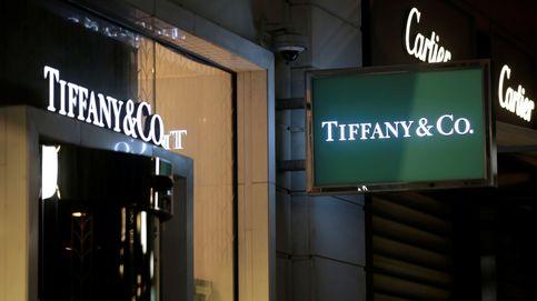La oferta de compra de 14.500 millones dispara a Tiffany un 31% en bolsa