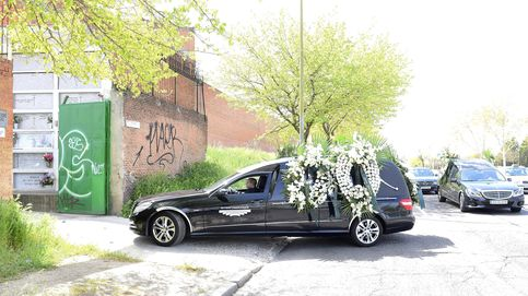 Familiares y amigos se despiden de Kardam de Bulgaria en el tanatorio