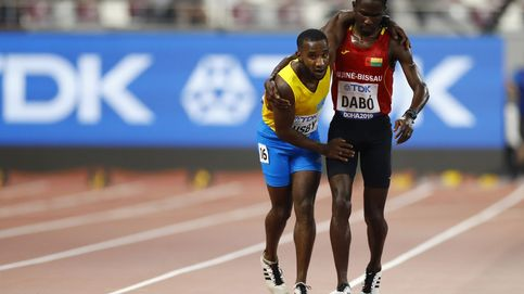 La dramática agonía de un atleta en los 5.000 metros del Mundial de Doha