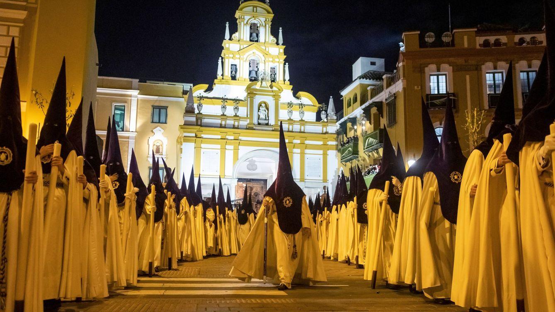 Andalucía abre la puerta a tomar medidas ante la Semana Santa por el coronavirus
