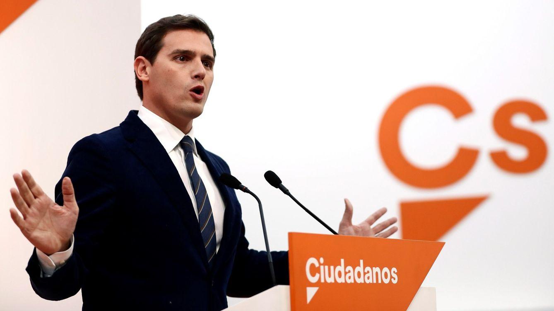 Rivera critica el escrache del PSOE andaluz y le exige que sepa perder