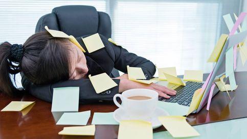Por qué los japoneses pueden dormirse en el trabajo tranquilamente