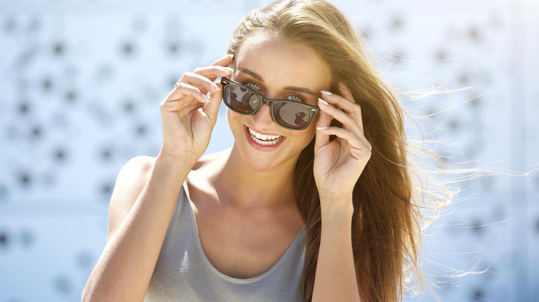 La razón por la que debemos llevar siempre gafas de sol en verano