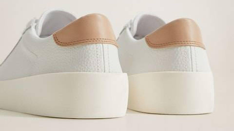 Zapatillas deportivas de Mango. (Cortesía)