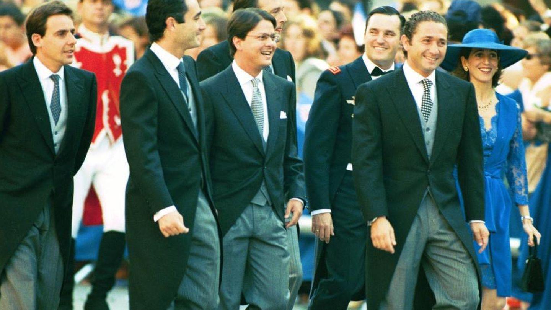 Javier López Madrid (izq), entre los amigos del Rey en la boda de la infanta Cristina (Gtres)