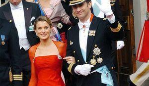 Foto: Letizia, la mujer de rojo que eclipsó a la princesa Mary el día de su boda
