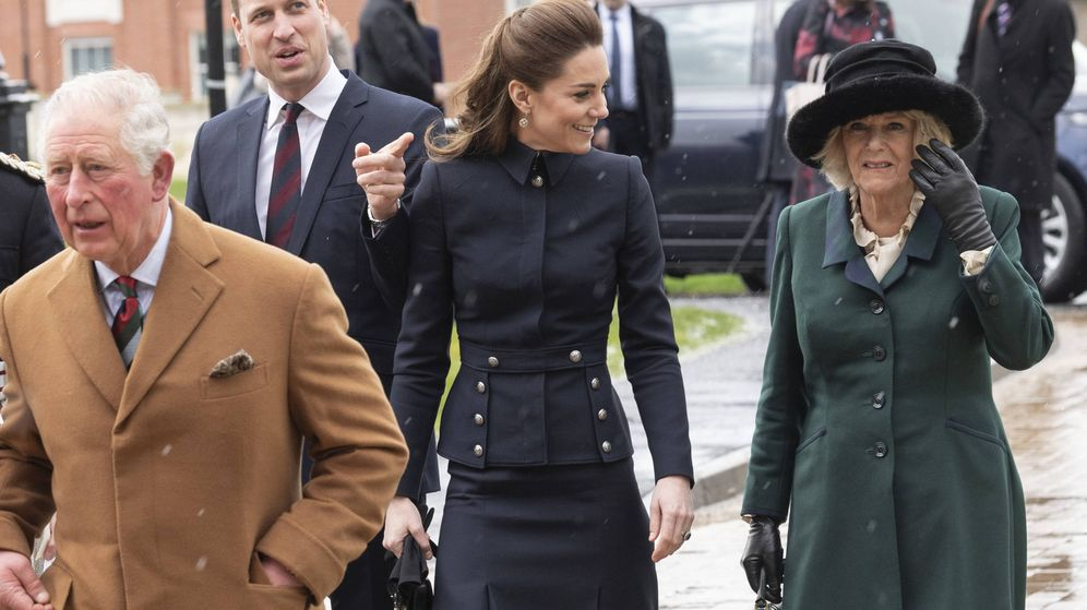 Foto: Los duques de Cambridge, con Carlos y Camilla. (Getty)
