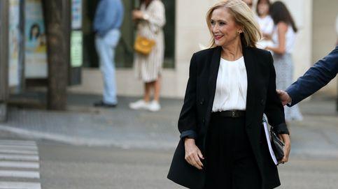 Lentejuelas, dorados… Cristina Cifuentes enloquece por el brilli-brilli