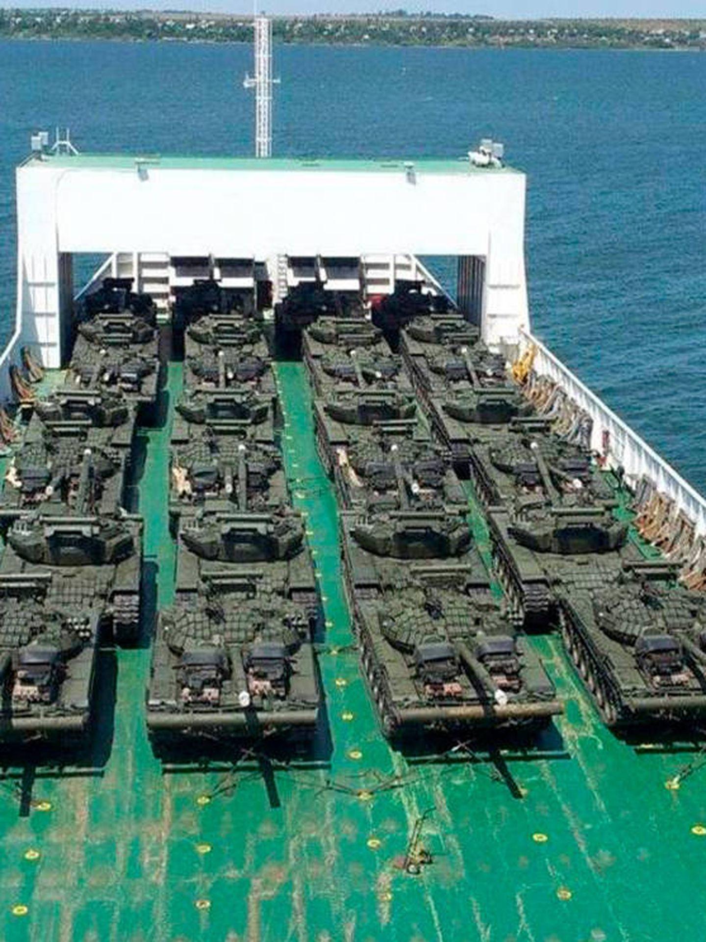 Uno de sus barcos con material de guerra ilegal.