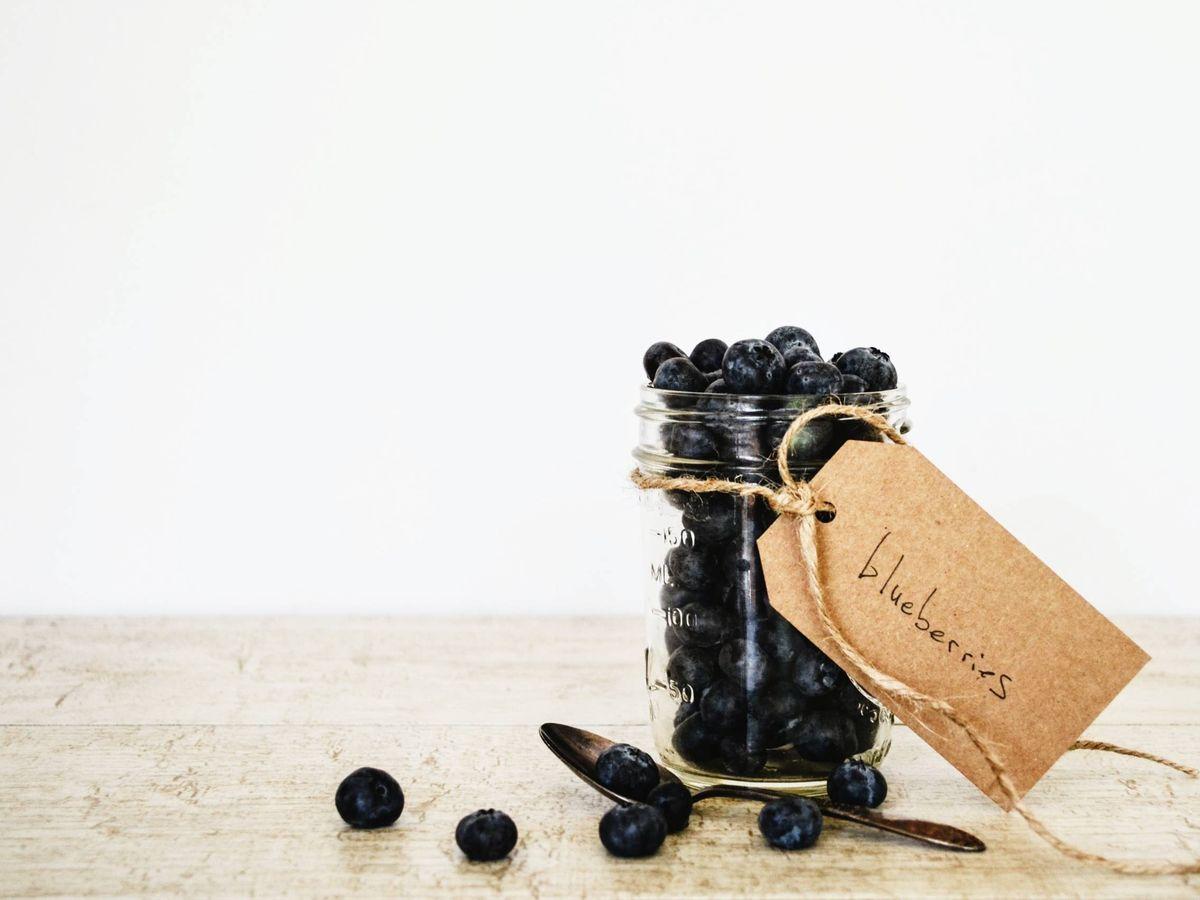 Foto: Snacks bajos en calorías para que no te saltes la dieta. (Debby Hudson para Unsplash)