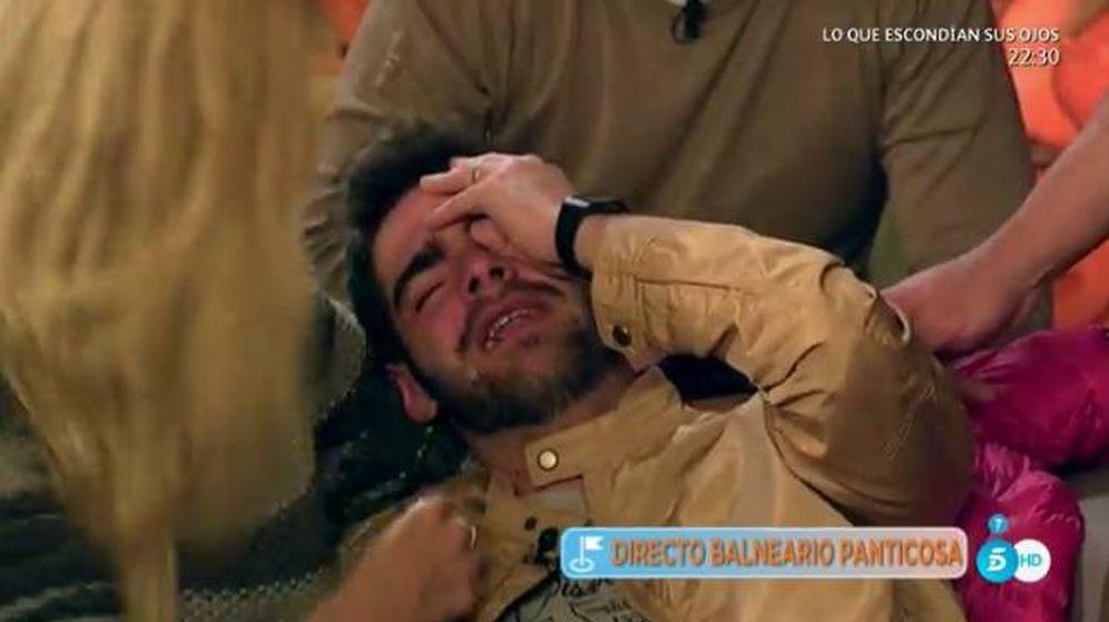 Foto: Jesús Tomillero, completamente derrumbado en directo