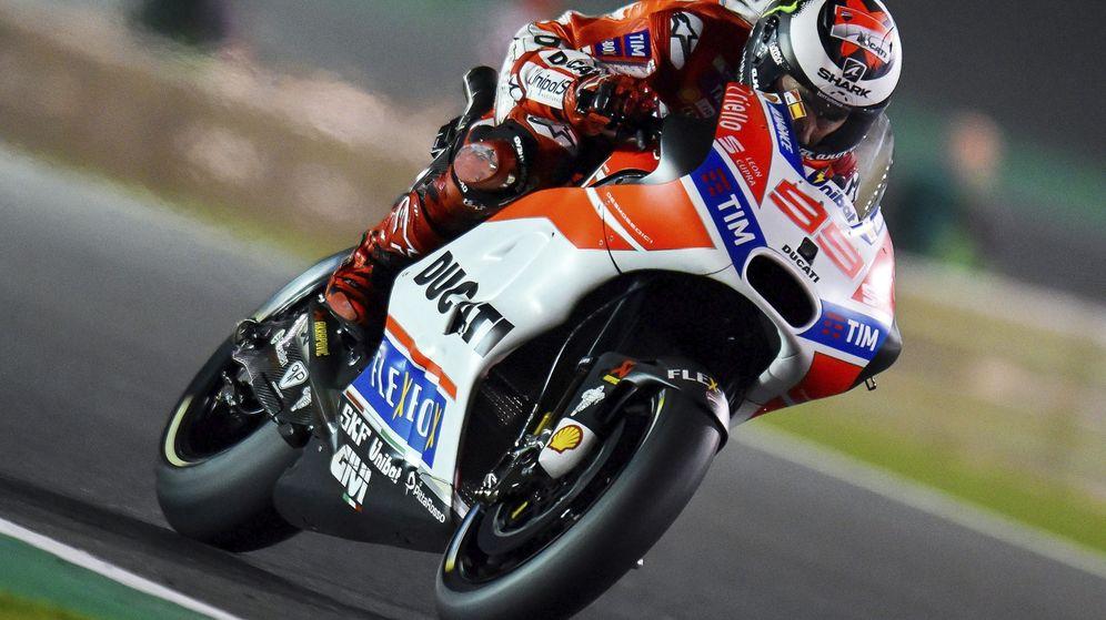 Foto: Jorge Lorenzo fue un 11º en el GP de Qatar 2017, su debut con Ducati. (EFE)