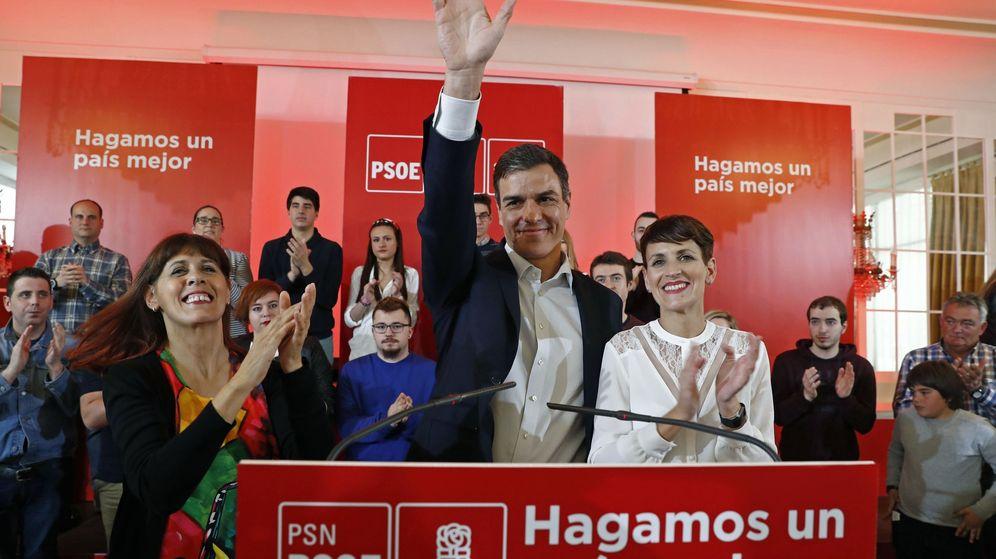 Foto: Pedro Sánchez, acompañado de María Chivite. (EFE)