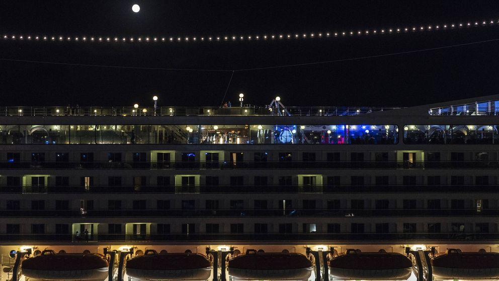 """""""La tripulación tiene mucho sexo"""": los secretos reales de la vida en los cruceros"""