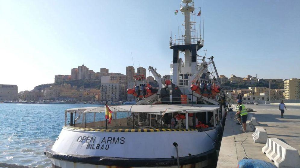 Foto: El Open Arms, en Lampedusa. (EFE)
