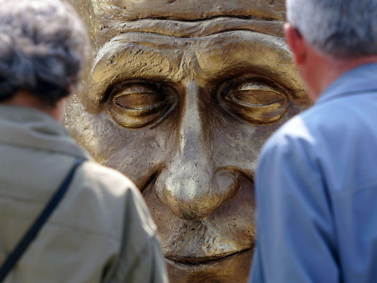 Foto: Escultura de Robert Schuman en Bucarest. (Reuters)