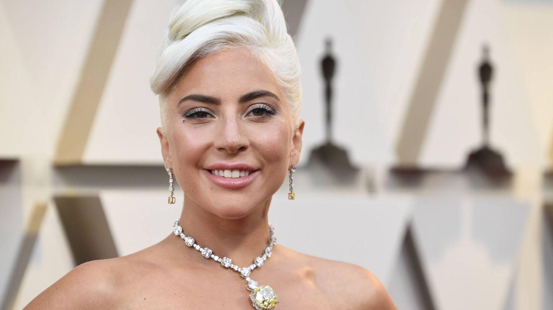Gaga y su diamante. (Getty)
