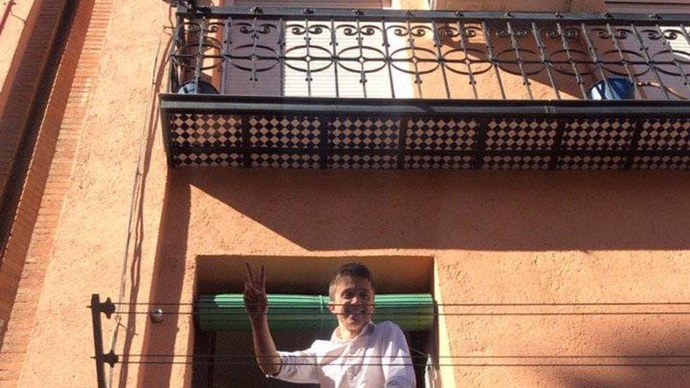 Carmena y Errejón vuelven a topar con la ley electoral: la JEC vetó la 'publi' en balcones