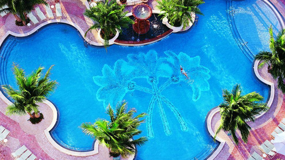 Viajes chorros burbujas camas de agua los balnearios for Piscinas espectaculares