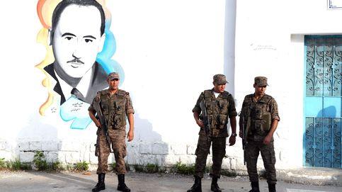 Abren los colegios electorales en Túnez