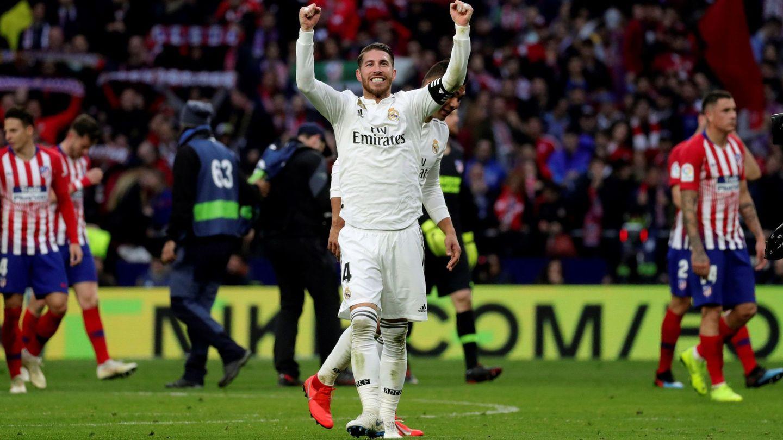 Sergio Ramos celebra el triunfo contra el Atlético de Madrid. (EFE)