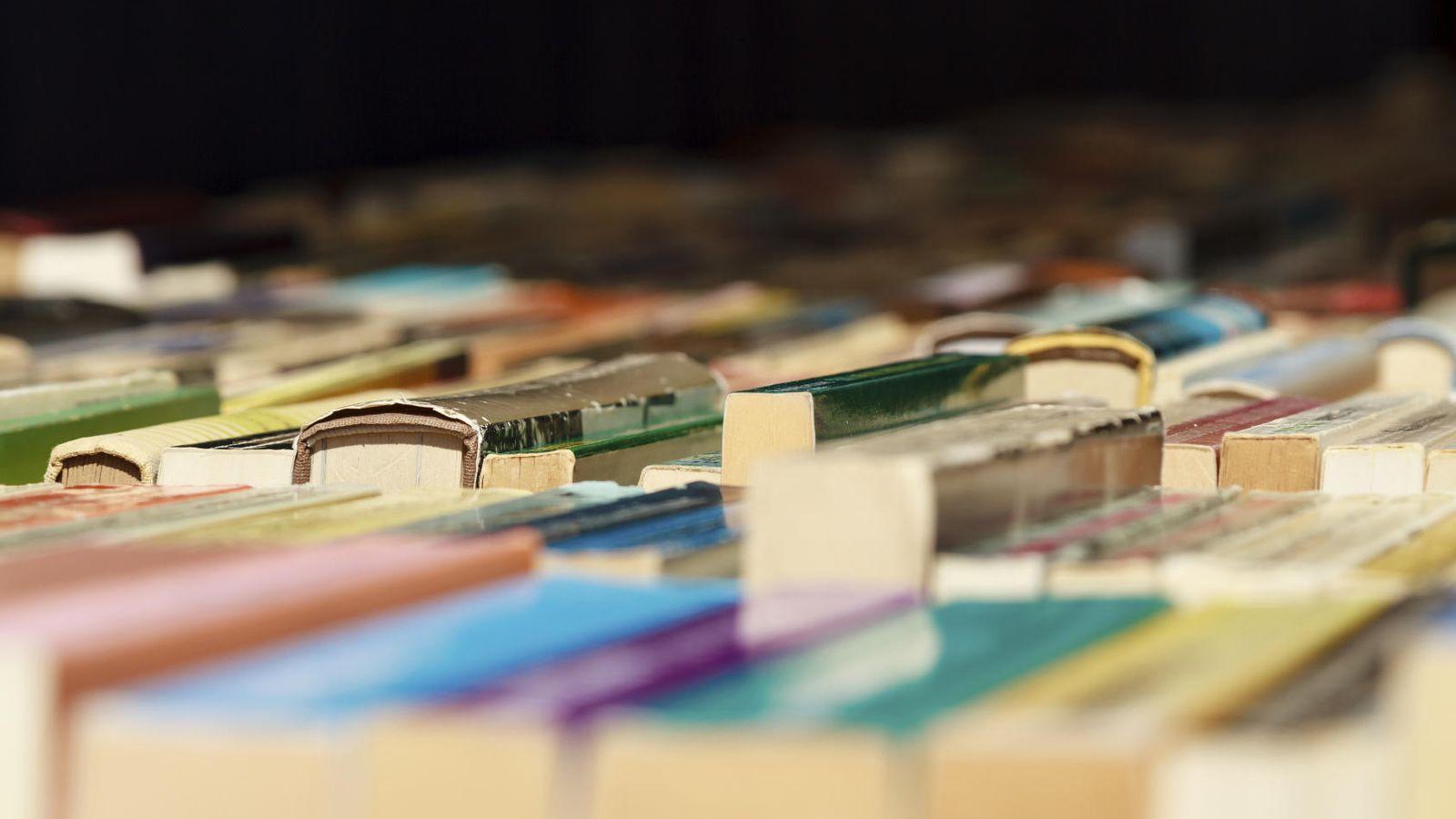 Libros: Los 11 libros más leídos de la historia. Uno es la