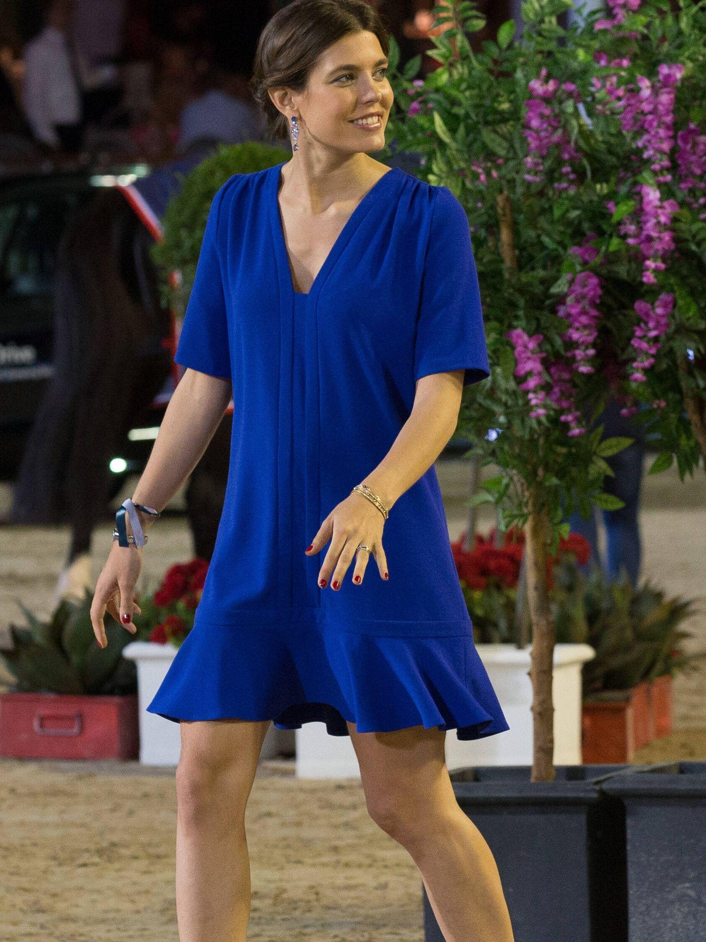 Carlota Casiraghi, de azul klein. (Getty)