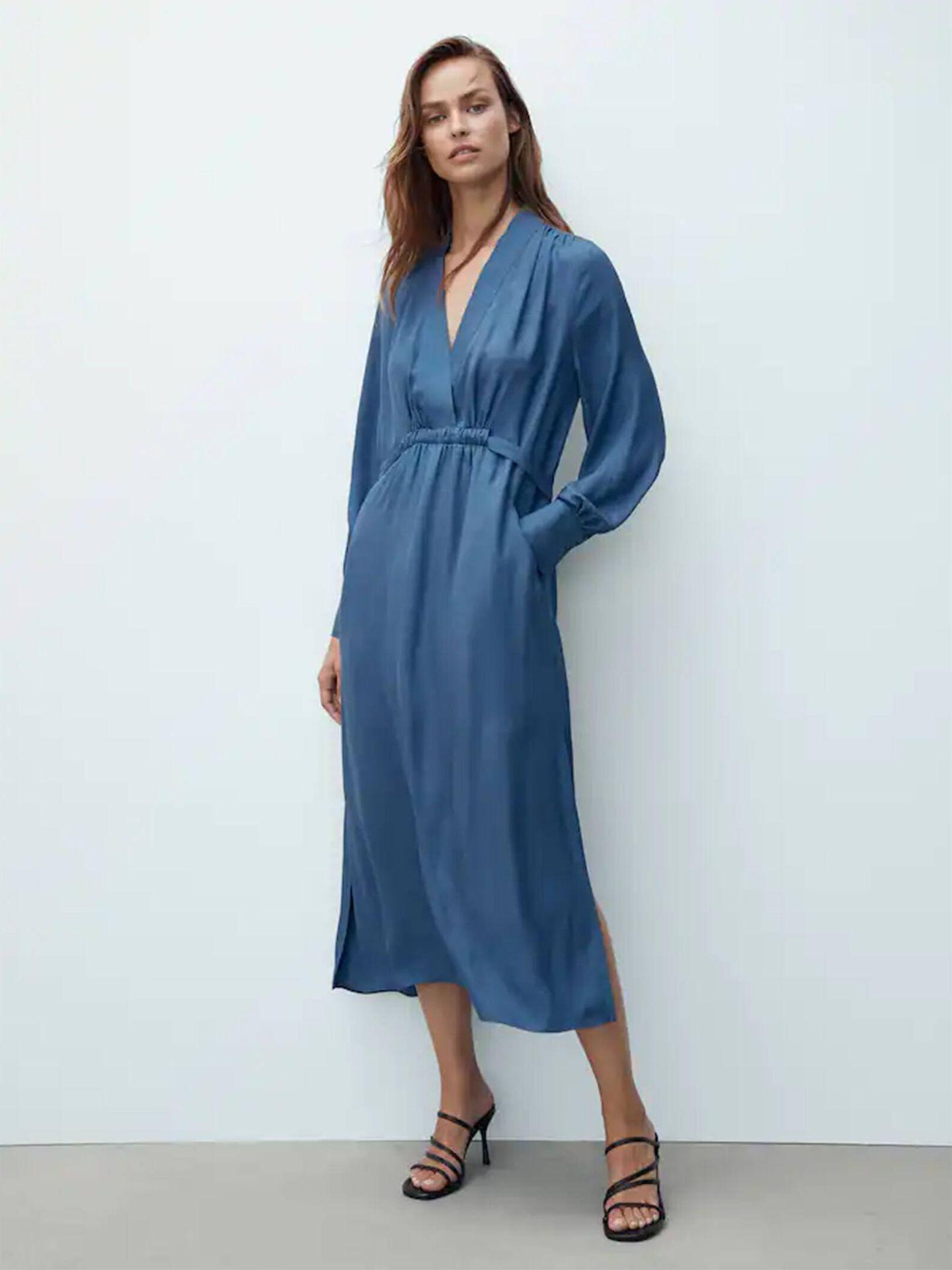 El vestido sofisticado y estiloso de Massimo Dutti que enamora a madres e hijas. (Cortesía)