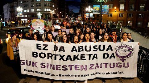 Liberan a los otros 4 acusados de la 'Manada de Bilbao' tras el arresto para su expulsión