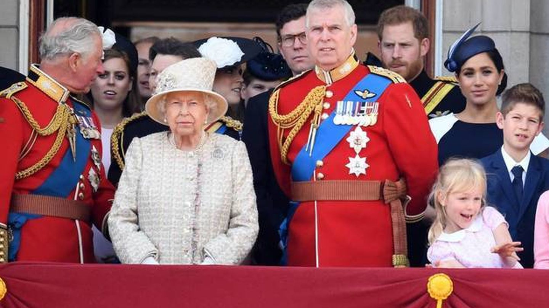 La familia real británica, durante el Tropping the Colour de 2019. (Cordon Press)