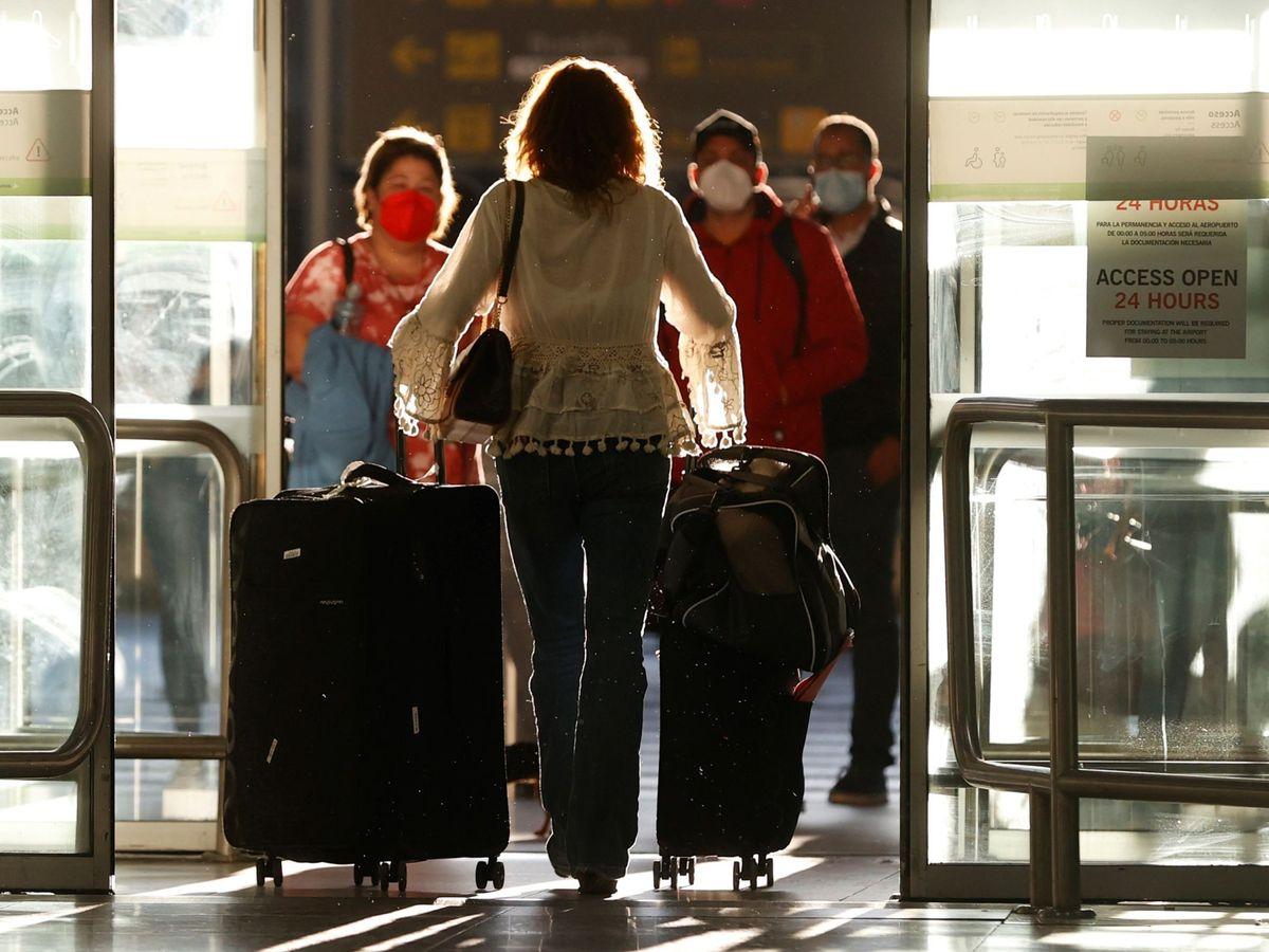 Foto: Llegada al aeropuerto de Barajas. (EFE)