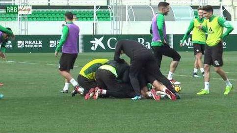 Joaquín provoca las risas en el entrenamiento del Betis con esta caída