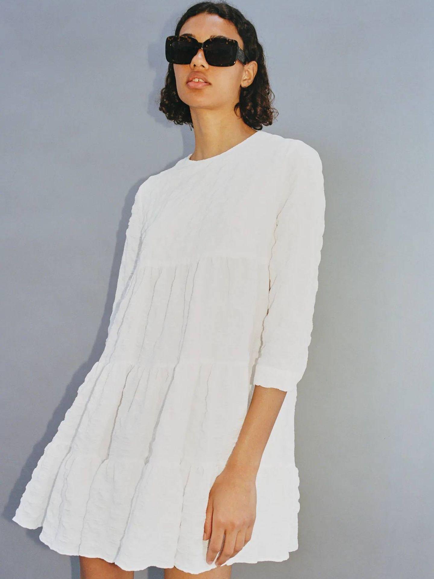 El vestido de Zara que Sofía convirtió en superventas. (Cortesía)