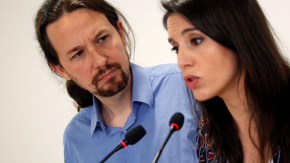 Foto: Pablo Iglesias e Irene Montero durante su comparecencia del sábado. (EFE)