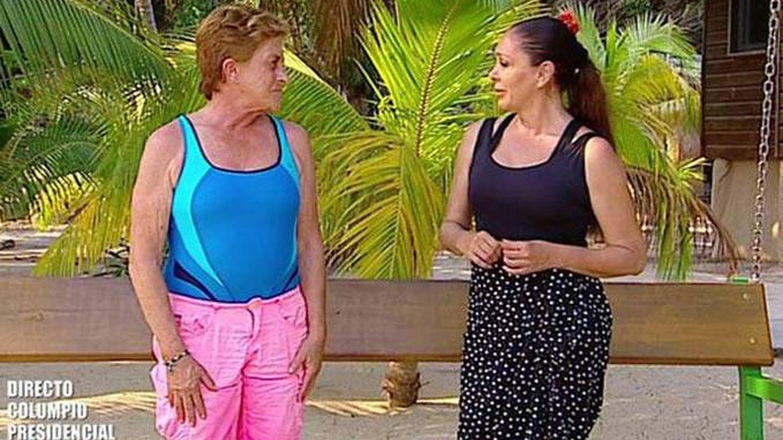Isabel Pantoja y Chelo García Cortés, en 'Supervivientes 2020'. (Telecinco)