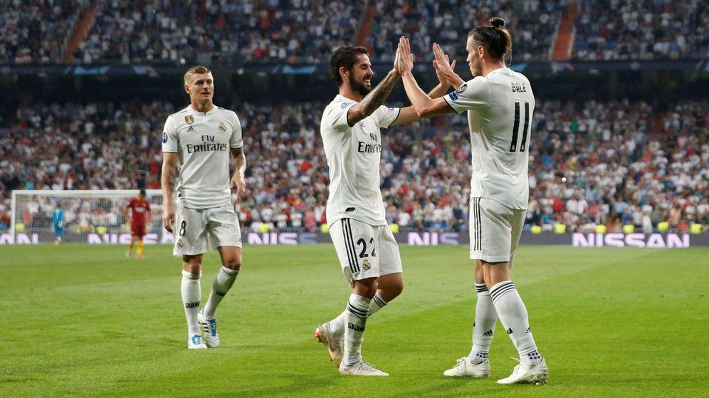 Foto: Kroos, Isco y Bale celebran un gol de Real Madrid en Liga (Reuters)