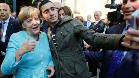 El 'selfie' de un refugiado con Merkel que ha acabado en un juicio contra Facebook