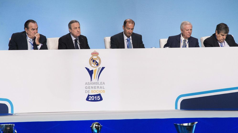 Foto: Asamblea General de Socios del Real Madrid. (EFE)