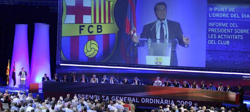 Foto: El expresidente del F.C. Barcelona, Joan Laporta (i) (Efe)