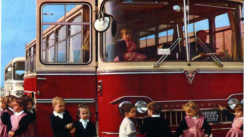 Autobús Barreiros para transporte escolar. (Fundación Eduardo Barreiros)