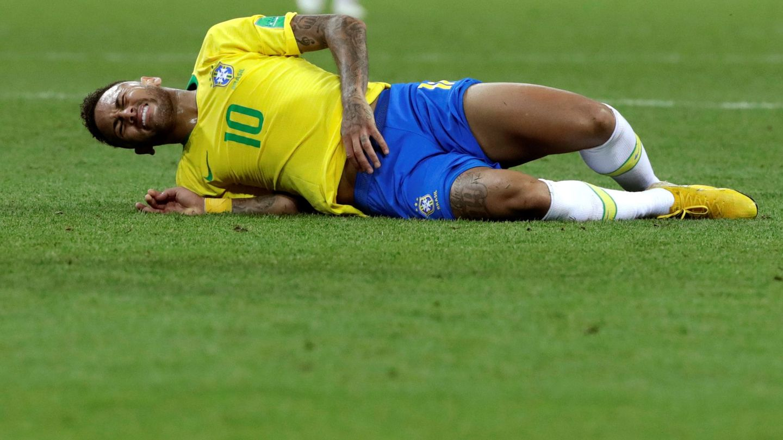 Neymar llegó al Mundial fuera de forma por la lesión que sufrió en febrero. (EFE)