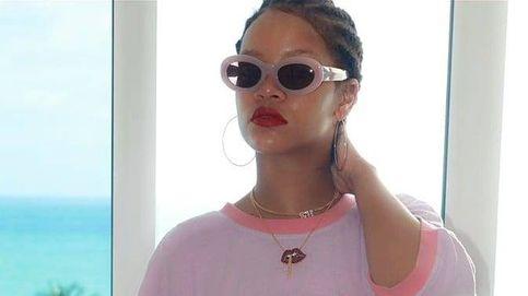 ¿Qué encierra la costumbre de Rihanna de atacarse a sí misma?