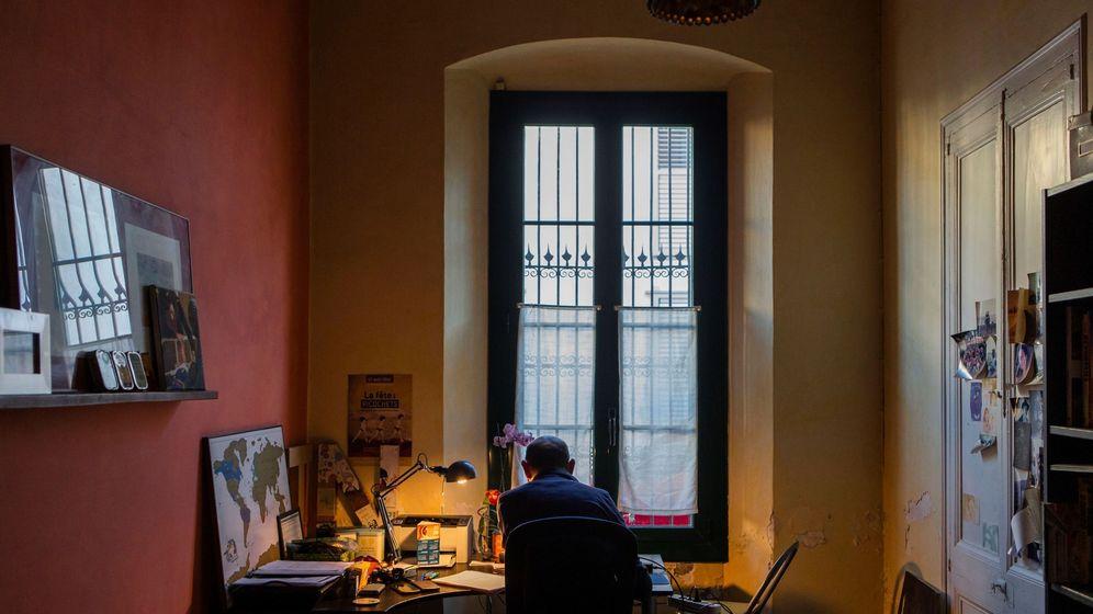 Foto: Un empleado, teletrabajando. (EFE)